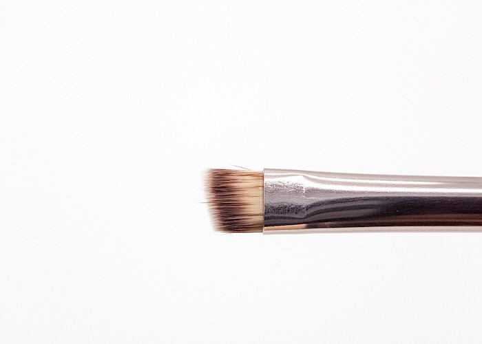 Luxurious Angled brush Banerra