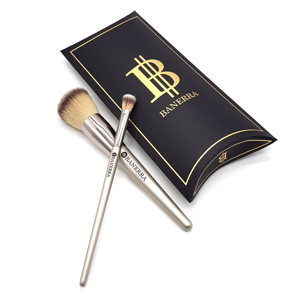powder and eyeshadow brush set Banerra _